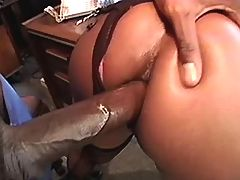 Young titty ebony mature in threesome
