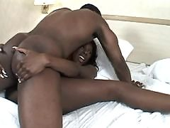 Ebony gets jizz after good nailing