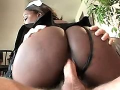 Breasty ebony is ready to be fucked