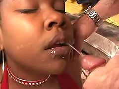 ebony mature slut swallows spoonful of cum